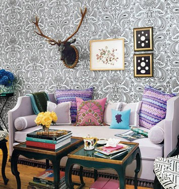 black lilac eclectic living room