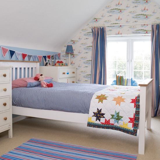 http://www.myhomerocks.com/wp-content/uploads/2012/03/7-traditional-kids-room-childs-bedroom-boys-girls-unisex.jpg