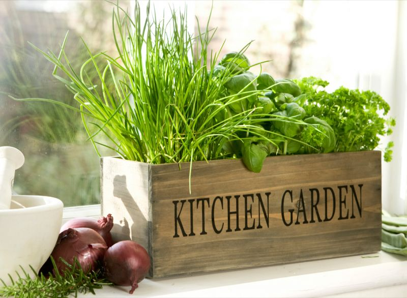 9-Country-kitchen-mini-garden-herb-windo