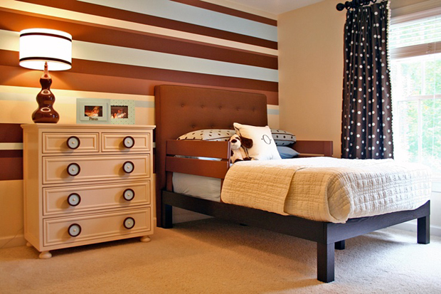 http://www.myhomerocks.com/wp-content/uploads/2012/03/9-blue-brown-striped-wall-stylish-kids-room-childs-bedroom-boys-girls-unisex.jpg