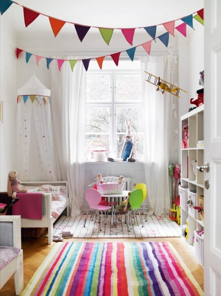 http://www.myhomerocks.com/wp-content/uploads/2012/04/11-colourful-rainbow-white-room-decor-colorful-girls-bedroom.jpg