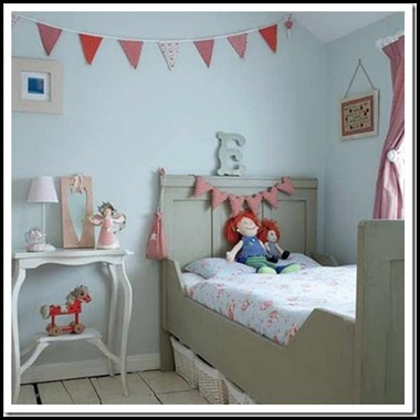 http://www.myhomerocks.com/wp-content/uploads/2012/04/12-pink-sky-blue-grey-gray-kids-bed-little-girls-room-bedroom-decor.jpg