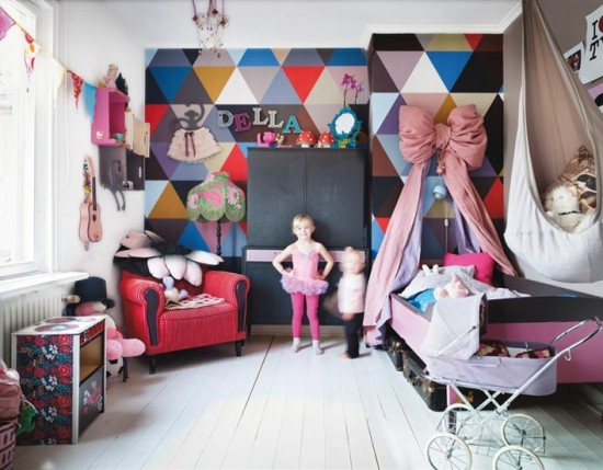 http://www.myhomerocks.com/wp-content/uploads/2012/04/7a-Contemporary-Eclectic-kids-play-room-girls-bedroom-grey-gray.jpg