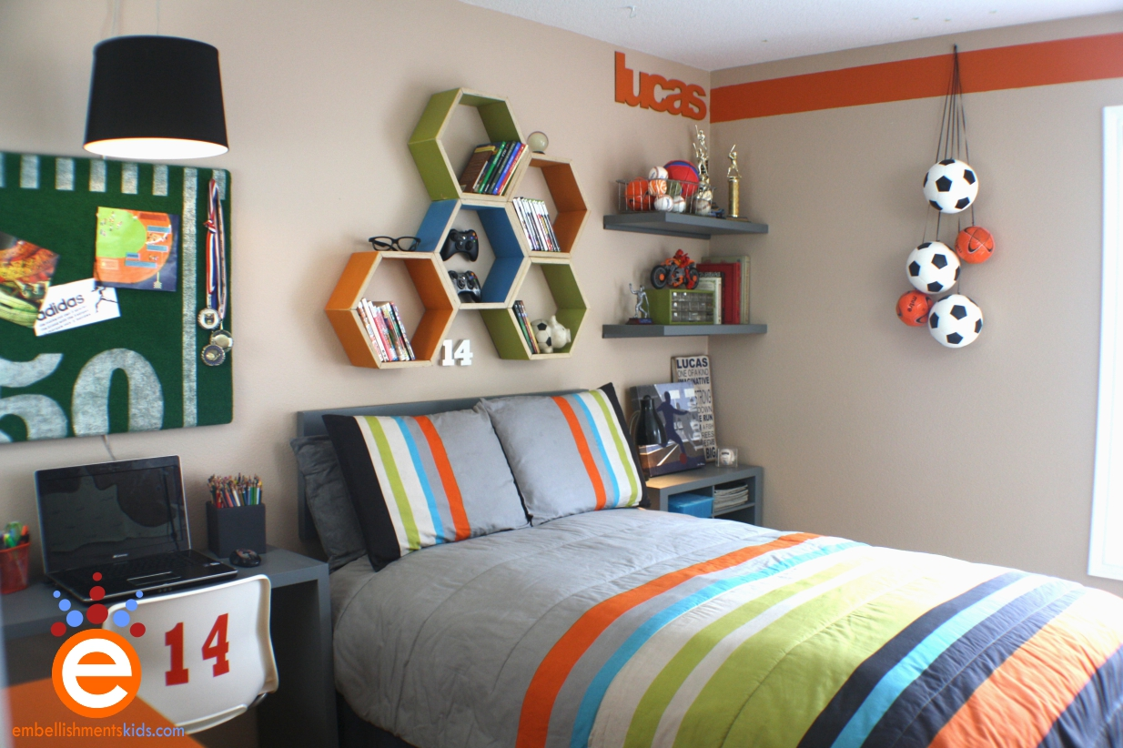 Teenage boys bedroom ideas color schemes furniture and more - Deco basketball chambre ...