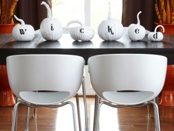 Whimsical pumpkin table display