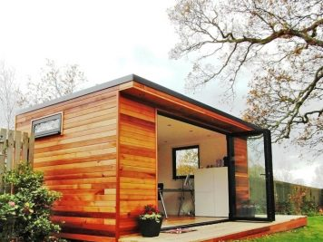 Contemporary Garden Rooms Shed Bifold Doors